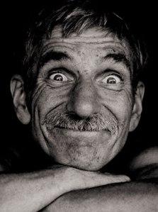 Sentirse bien a cualquier edad_hombre-viejo-pero-feliz[1]