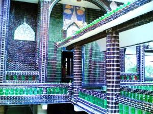 Un templo budista inusual piensa en verde_Templo-Budista-Wat-Pa-Maha-Chein-Kaew-00