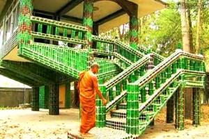 Un templo budista inusual piensa en verde_Templo-Budista-Wat-Pa-Maha-Chein-Kaew.