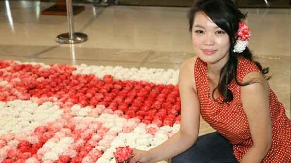 Hong Yi  obras de arte con comida