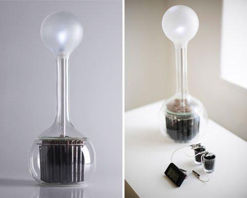 Una lampara Led que utiliza tierra y agua para alumbrar -55
