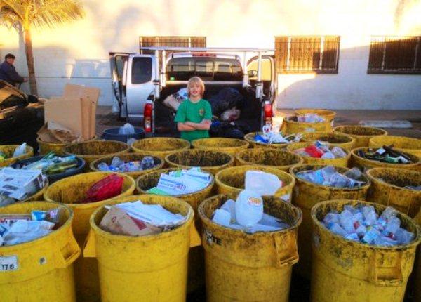 Niño de 11 años crea empresa de reciclaje y ayuda a niños en situación de calle-vanis-2