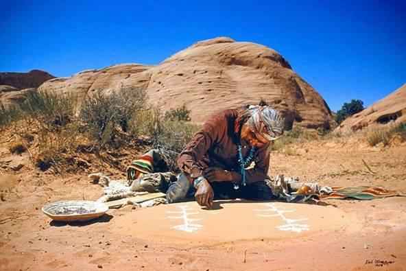 Sanación Antigua Navajo _ Pinturas de Arena
