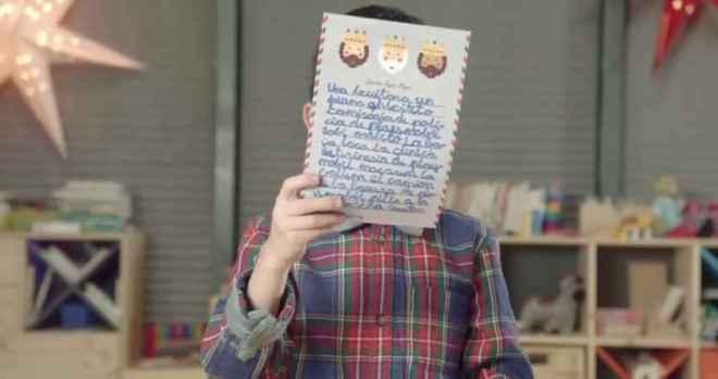 El simple regalo que los niños piden a sus padres en Navidad_Viaje Hacia Si Mismo