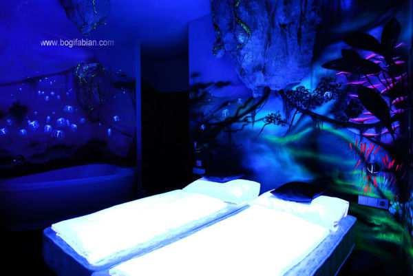 Murales mágicos que brillan en la oscuridad - Viaje Hacia Si Mismo -00
