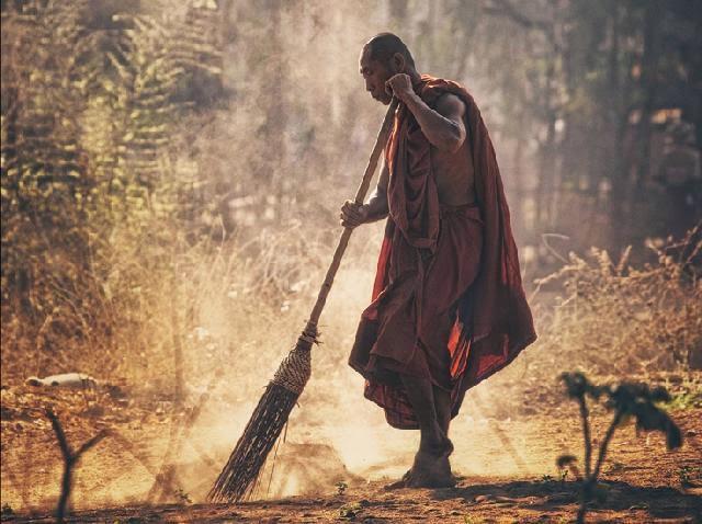 Convierte la limpieza domestica en un ejercicio espiritual - Viaje Hacia Si Mismo