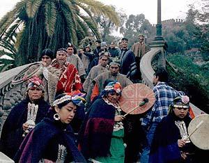 Chile integra los tambores chamánicos a su sistema de salud - Viaje Hacia Si Mismo