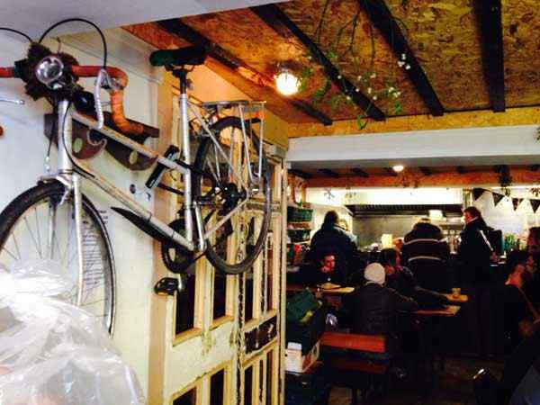"""El restaurante de las """"sobras""""-skipchen-VIAJE HACIA SI MISMO-99"""