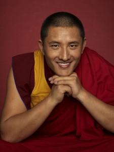 Tulku Lama Lobsang Hay que aprender a sentirse cómodos en la incertidumbre-Viaje Hacia Si Mismo
