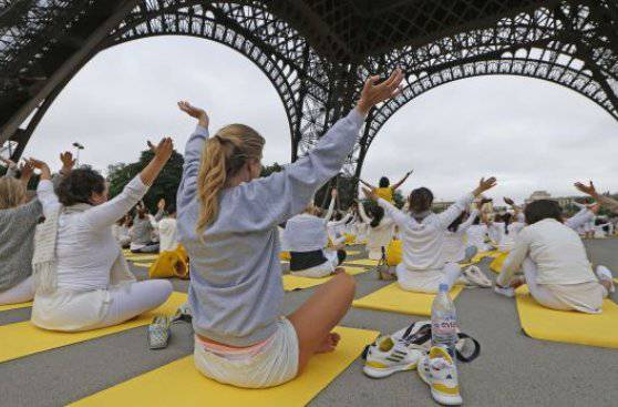 Día Internacional del Yoga-Viaje Hacia Si Mismo-11