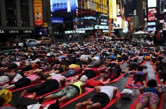Día Internacional del Yoga-Viaje Hacia Si Mismo-22