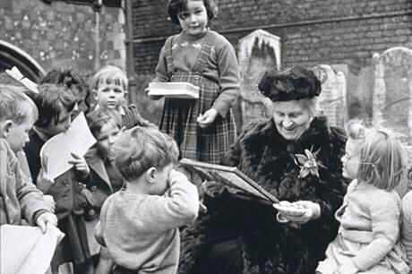 María Montessori los mandamientos que todos los padres de familia deberían leer al menos una vez al año-Viaje Hacia si Mismo-00
