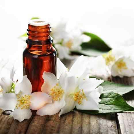 Los aceites esenciales y vegetales para el cuidado después del sol-Viaje Hacia Si Mismo