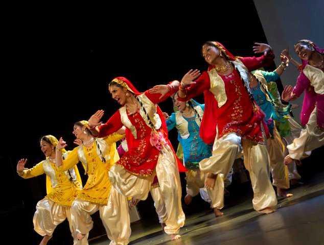 Bhangra – La danza de la alegría - Viaje Hacia Si Mismo