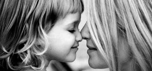 Enséñale a tu hija a amar su cuerpo-Viaje Hacia Si Mismo