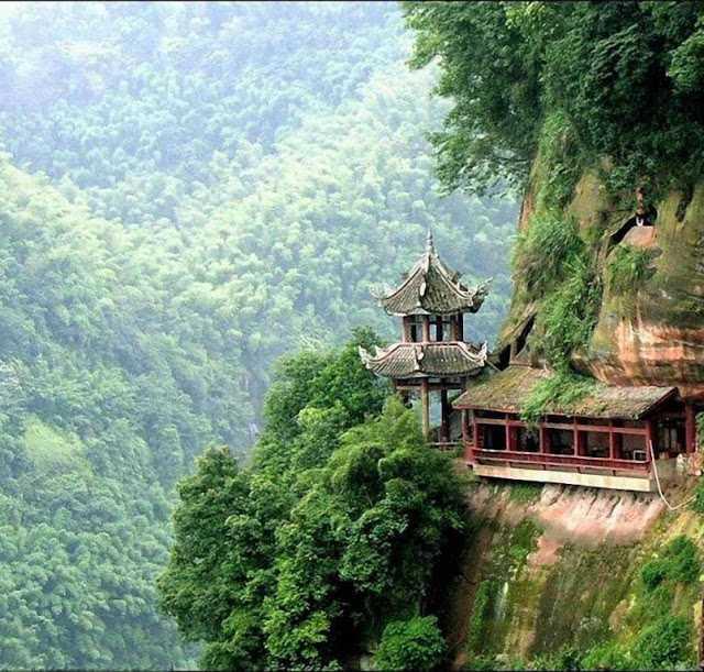La Ley del Dharma o el Propósito en la Vida _ Deepak Chopra-Viaje Hacia Si Mismo