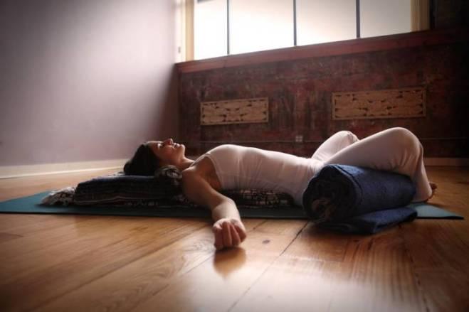 Yoga para tratar la ansiedad-Viaje Hacia Si Mismo